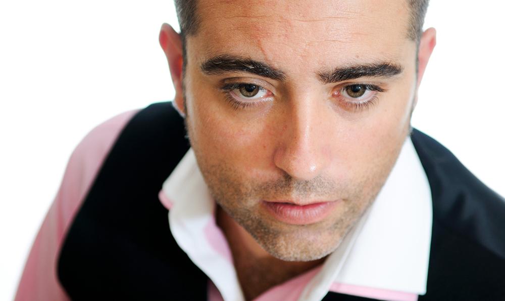 痛いし見た目も悪い… 髭剃り跡の赤みはどう消せばいい?